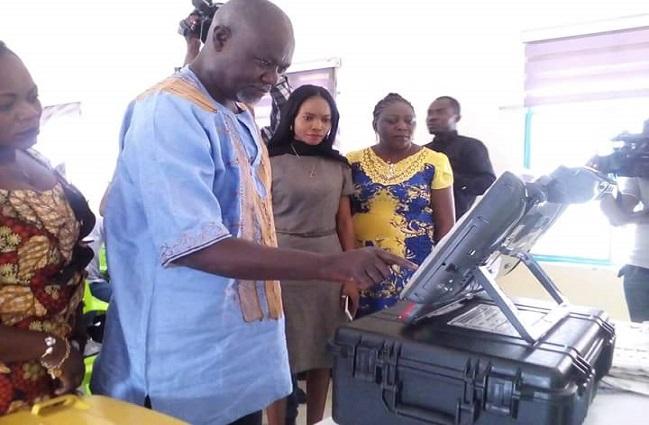 Lubumbashi: la Ceni face la presse autour de la machine à voter, un discours pertinent et moins convaincant