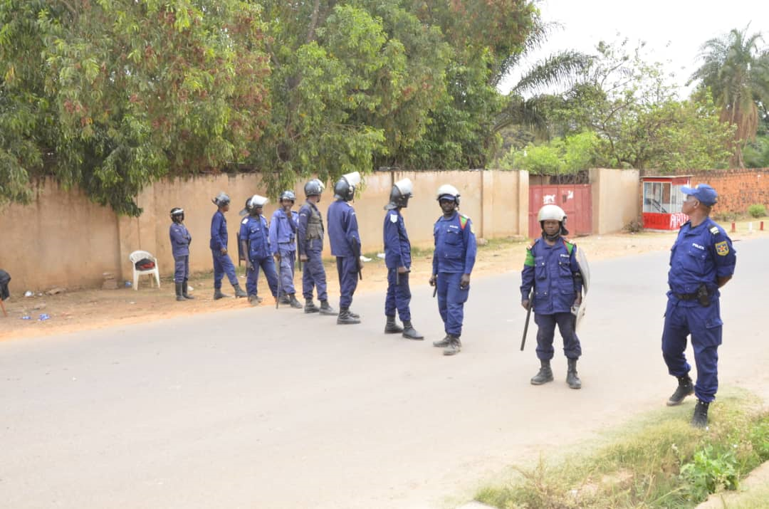 Lubumbashi: des policiers tirent et blessent 3 personnes dans la commune de la Kenya