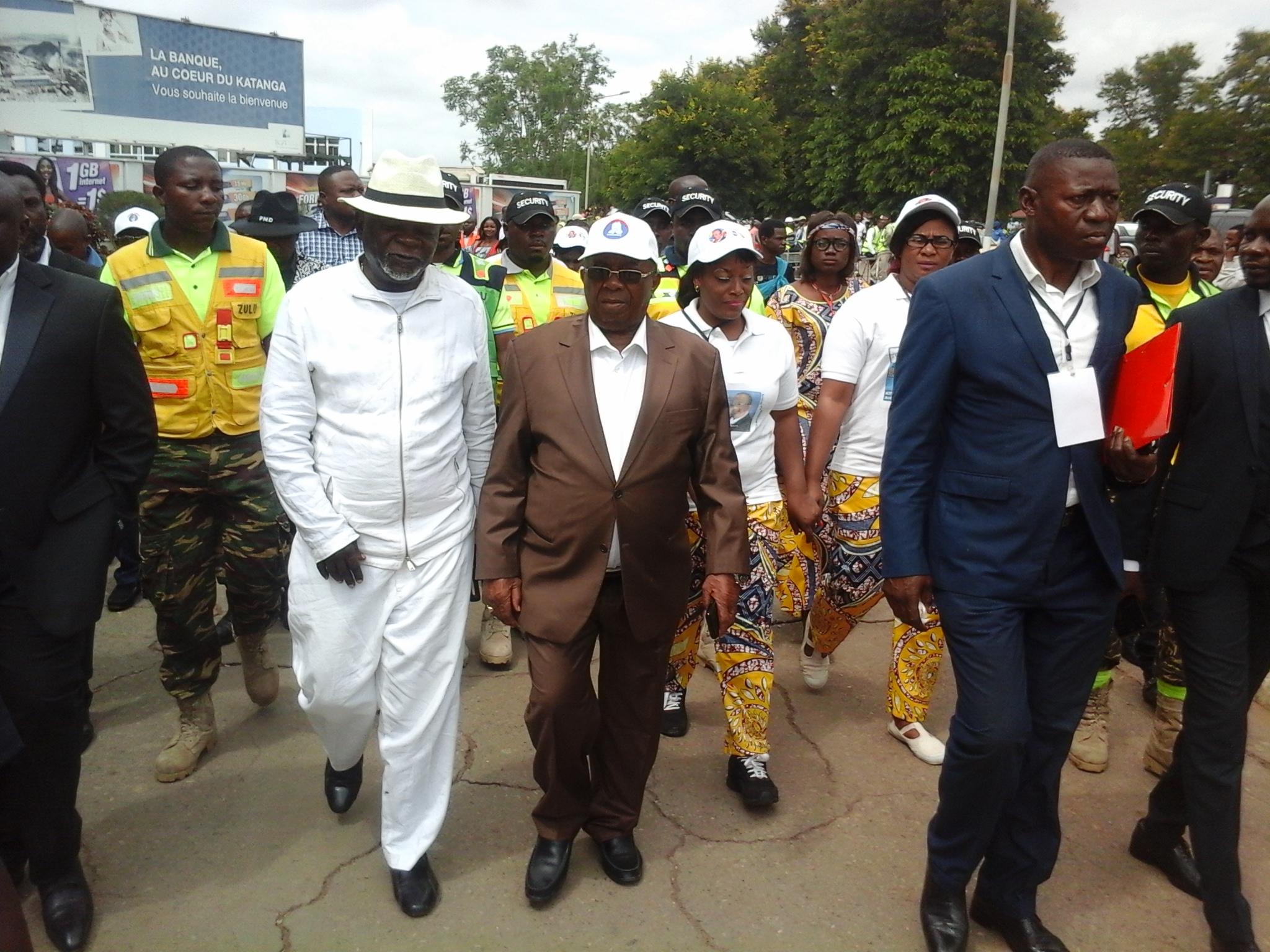 Lubumbashi: ça chauffe entre Kyungu et la sécurité de l'aéroport