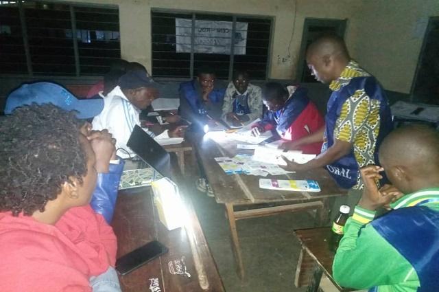 Lubumbashi: début des opérations de dépouillement, des témoins arrêtés dans un centre.