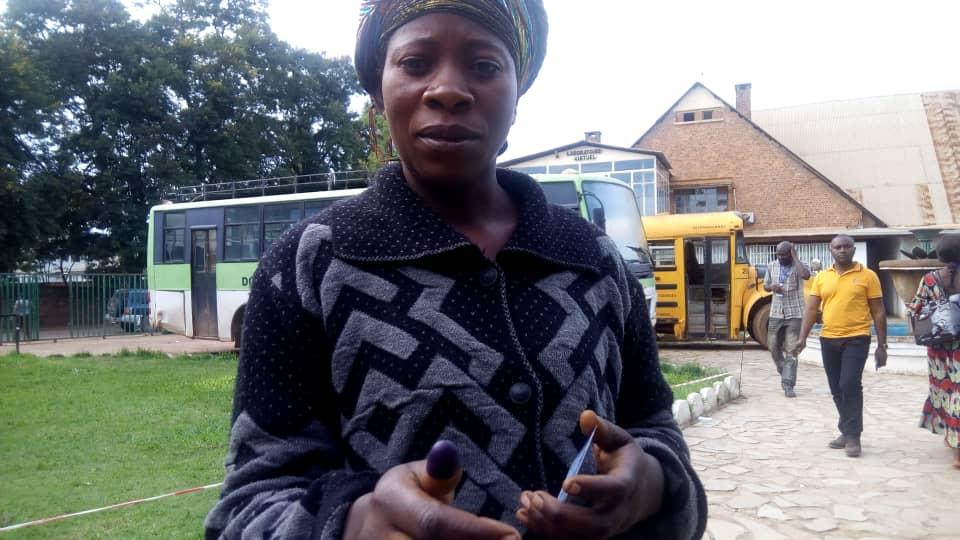 Elections: «j'ai voté librement «, témoigne une électrice