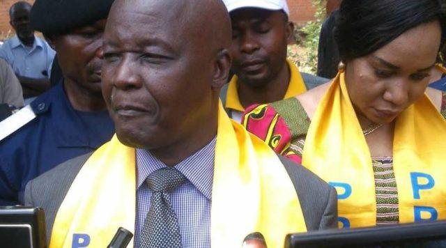 Lubumbashi: Pande Kapopo humilié par les Lushois à l'aéroport de la Luano