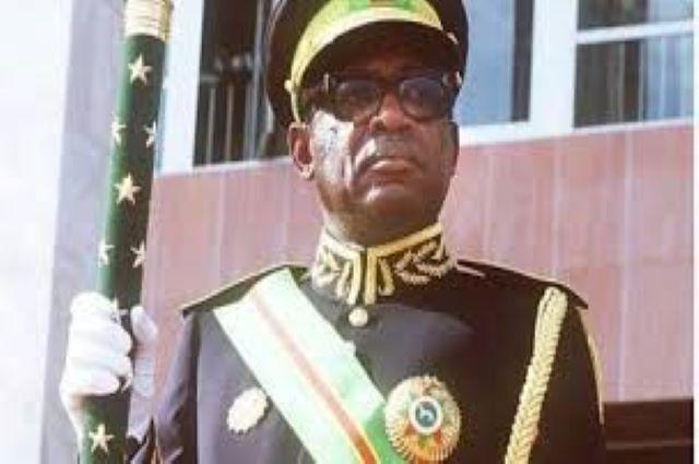 Quel héritage ont-ils légué pour construire la RDC? MOBUTU: le« père de l'authenticité?»