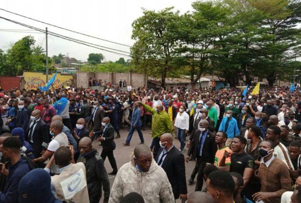 Kinshasa: jp Bemba  dans la foule contre Malonda à la tête de la CENI