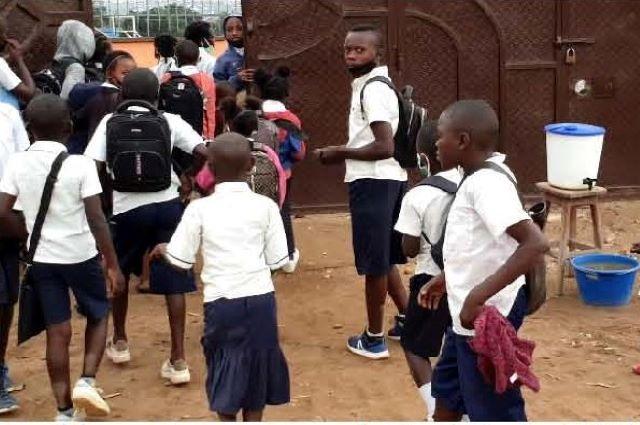 Lubumbashi : « le Congo n'a même pas une goutte de vaccin », rassure le ministre provincial de Santé au sujet de la vaccination dans les écoles