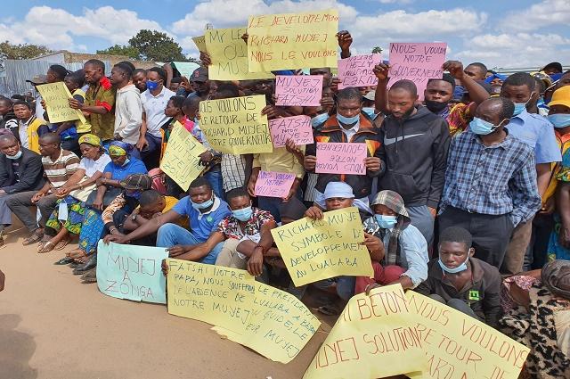 Kolwezi-Arrivée Tshisekedi : dans la foulée, un groupuscule réclame le retour de Richard Muyez