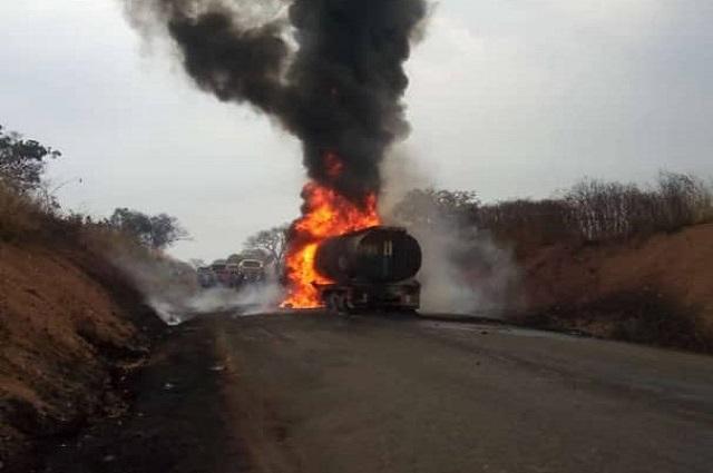 Lubumbashi: un camion truck a pris feu sur la route Likasi