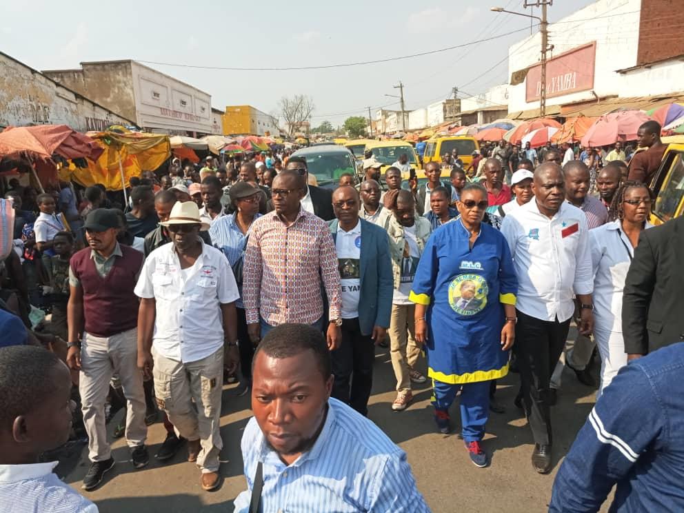 Martin Fayulu, candidat president de la Republique et la délégation des opposants échappent au tirs de la police à Lubumbashi