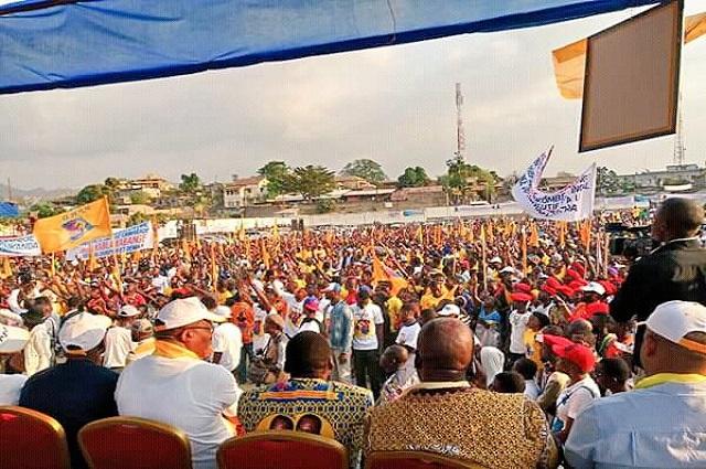RDC : Emmanuel Shadary présenté aux kinois dans un stade Tata Raphaël plein à craquer