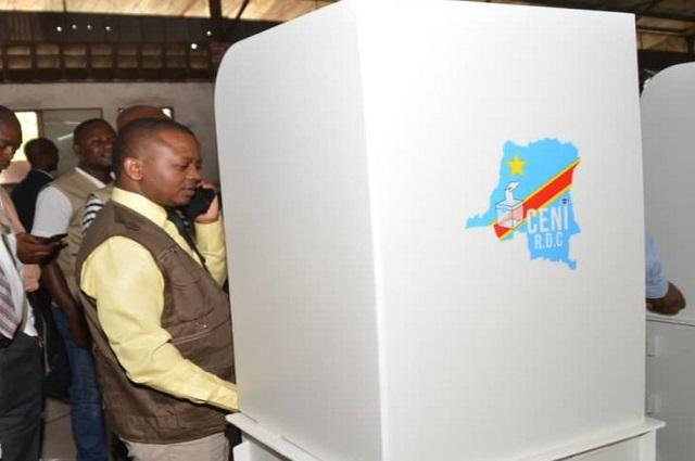RDC: un dialogue sur la Machine à voter, une porte vers le report des Elections?