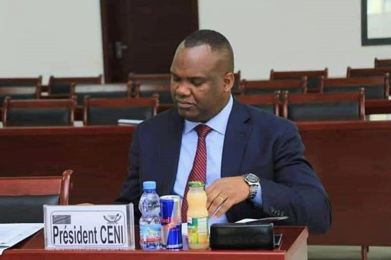 RDC: Corneille Nanga se glorifie du déroulement des élections avec la machine à voter