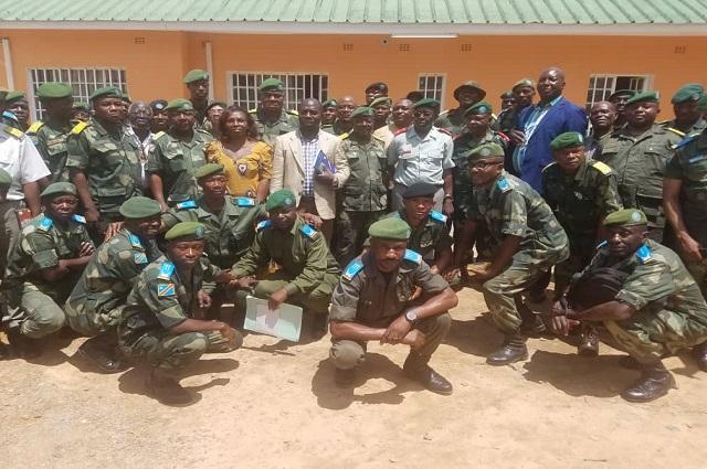 Lubumbashi: les salaires médiocres des policiers et militaires l'une de causes de l'insécurité