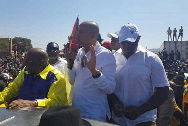 RDC: à Kasumbalesa  ce matin, Moïse Katumbi dénonce la tracasserie et promet d'y mettre fin
