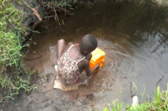 Kambove : deux rivières et  des champs pollués par l'entreprise COMIKA