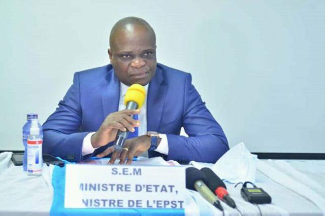 Kinshasa: Willy Bakonga condamné à 3 ans de prison avant son procès sur la gratuité de l'enseignement