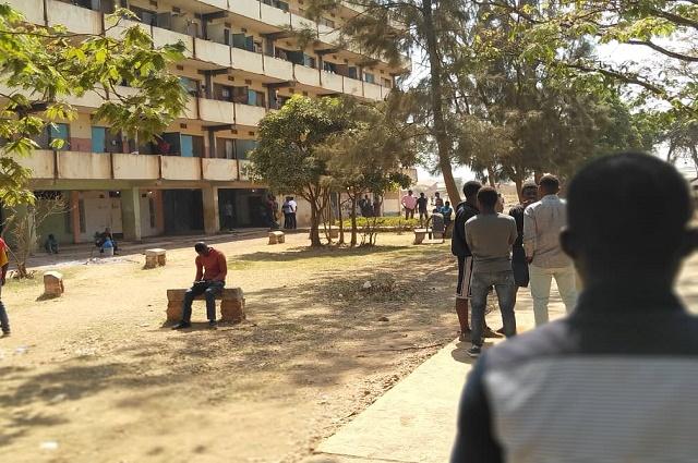Lubumbashi-Unilu: des étudiants brulent la direction des œuvres estudiantines