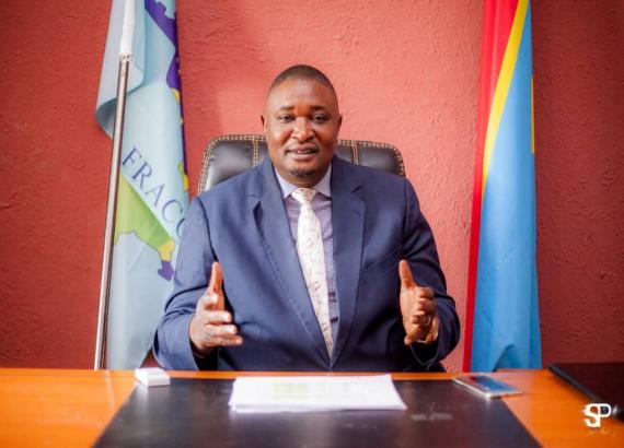 consultations: «on ne peut pas être dans le fcc pour la survie d'une seule personne, Joseph Kabila» Akilimali membre du fcc