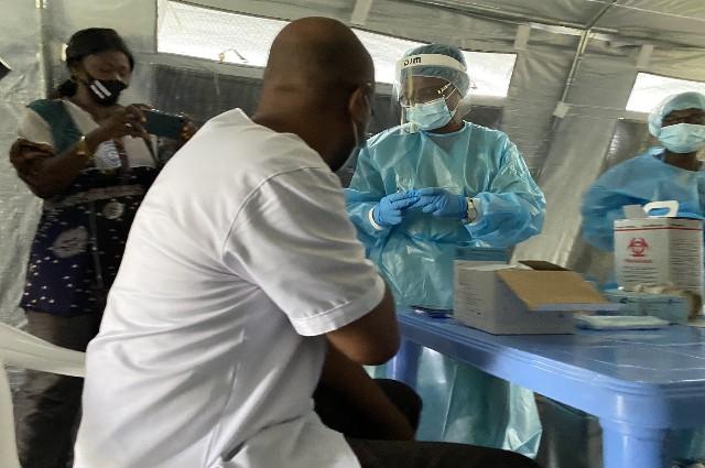 Vaccination contre la Covid19: les Kinois ne se bousculent pas à la porte
