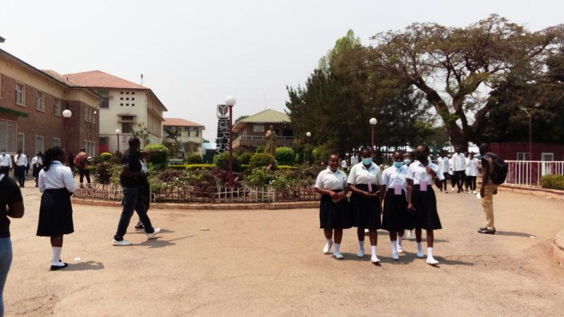 Lubumbashi- Examen d'Etat : les finalistes déplorent le programme scolaire non achevé suite au Corona virus